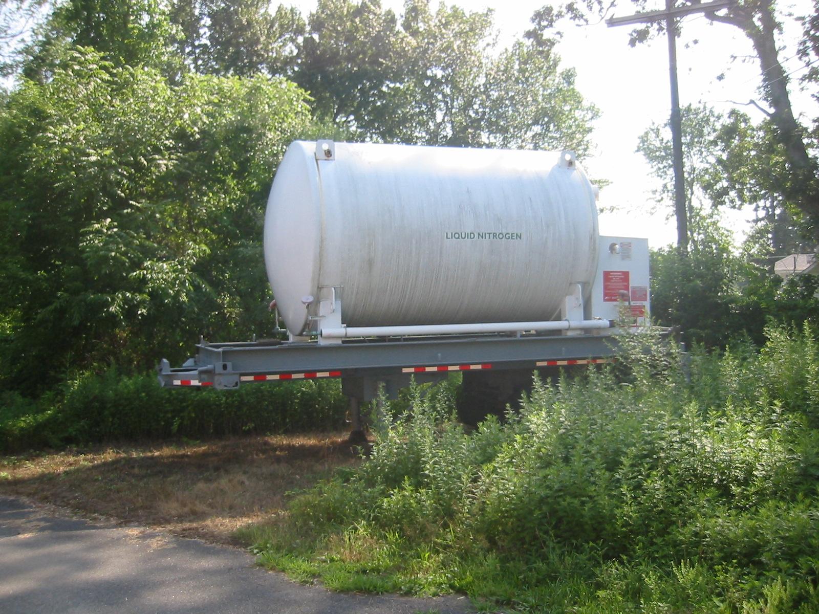 Cryogenic Nitrogen Vessel